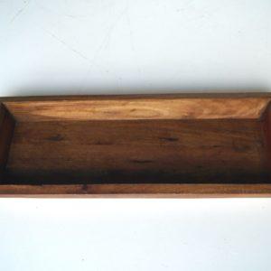 Aflang rustik træfad