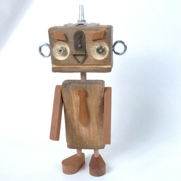 Robotmand fremstillet af genbrugs materiale